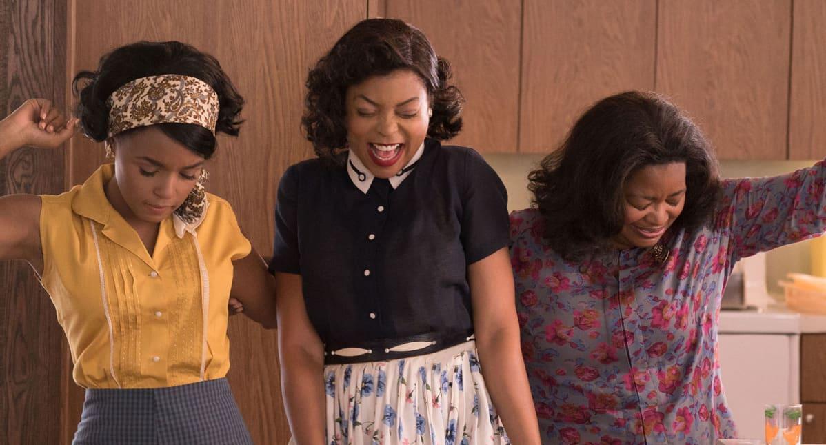 Mary Jackson (Janelle Monáe), Katherine Johnson (Taraji P. Henson) ja Dorythy Vaughn (Octavia Spencer) Hidden Figures -elokuvassa.