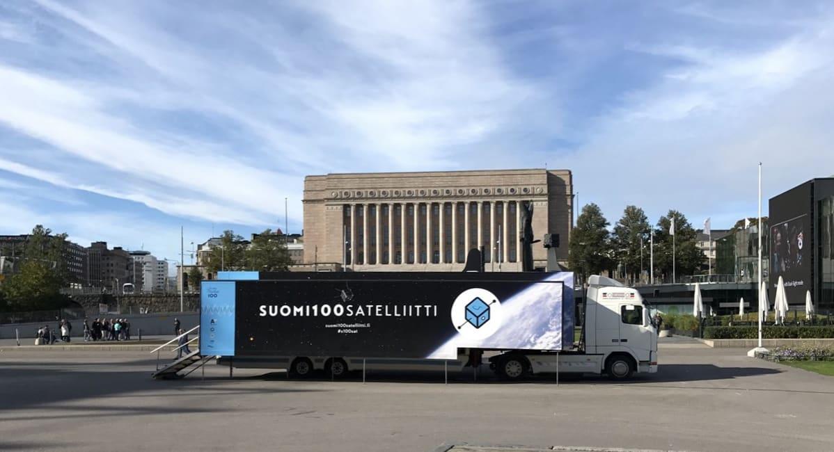 Suomi 100 -satelliittihankerekka