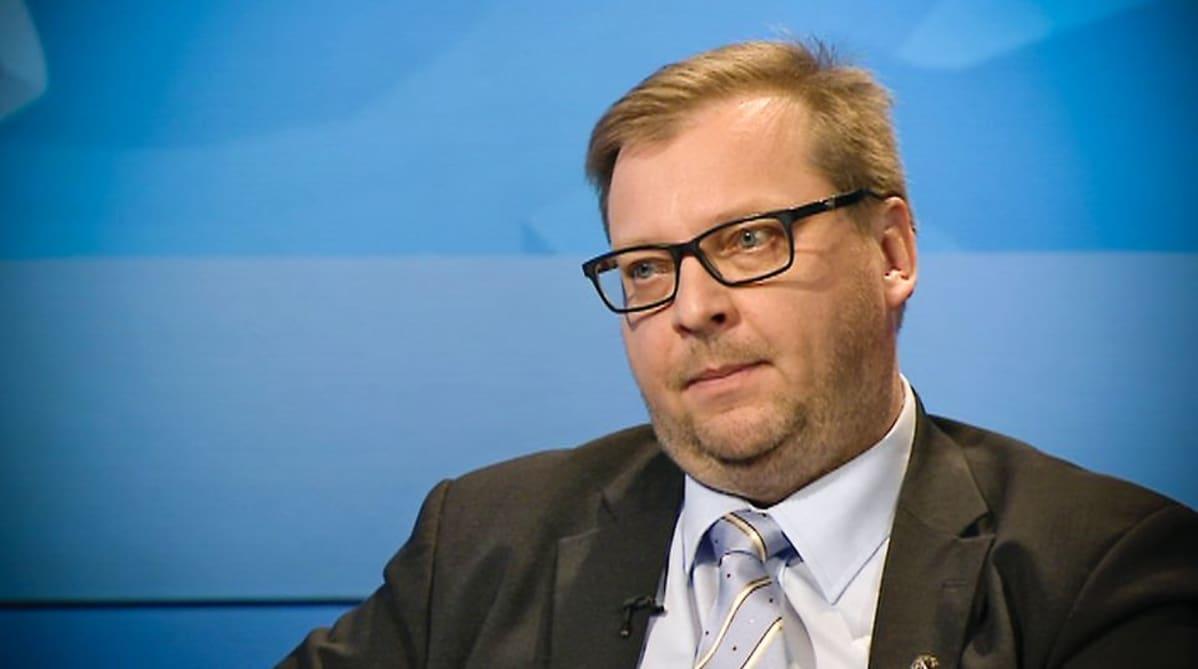 Insinööriliiton puheenjohtaja Pertti Porokari.