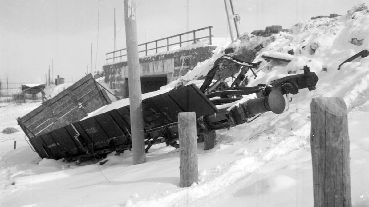 Talvisodassa Elisenvaaraa pommitettiin kaikkiaan 39 kertaa.