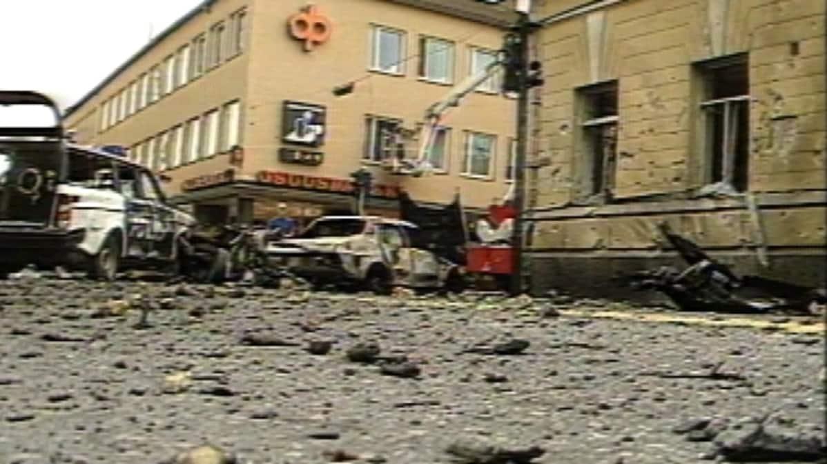 Mikkelin tori räjähdyksen jälkeisenä aamuna.