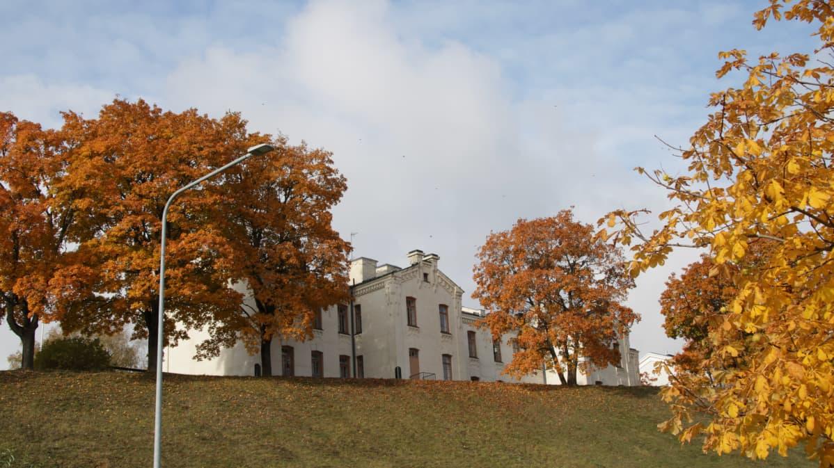 rakennus linnoituksessa