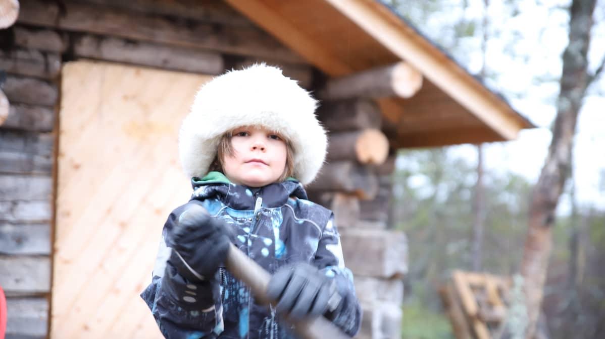 8-vuotias vuotsolainen Jussa Mikkal Kuusela