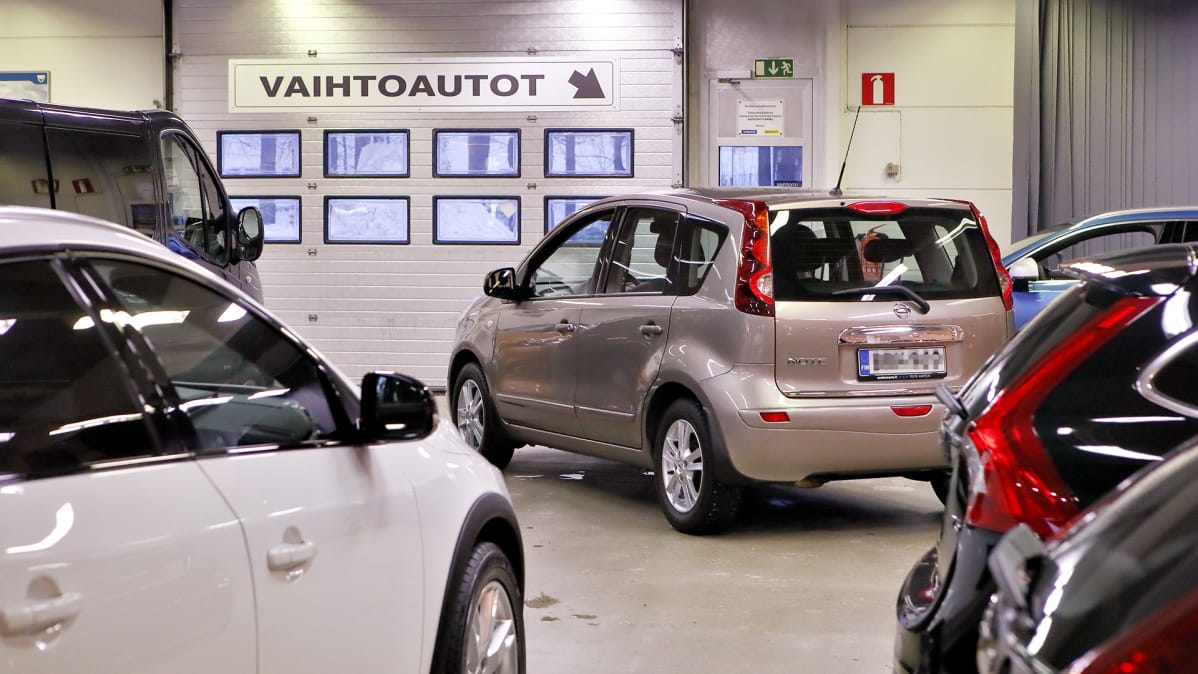 ostaa auton suomessa