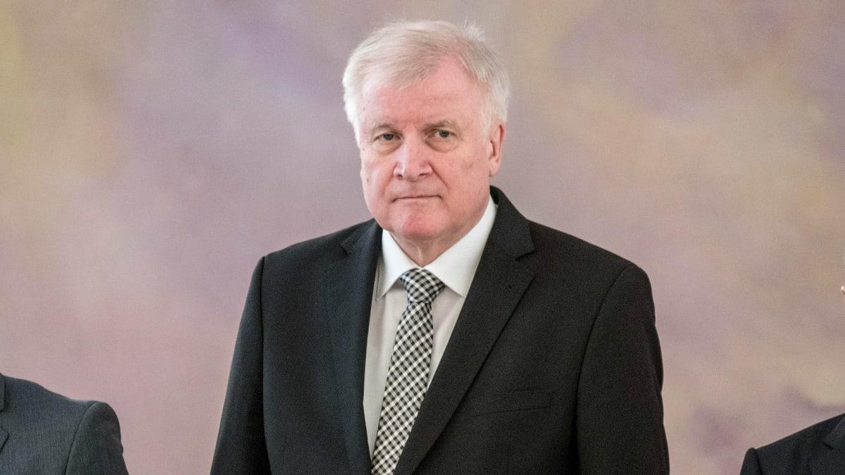 Sisäministeri Horst Seehofer