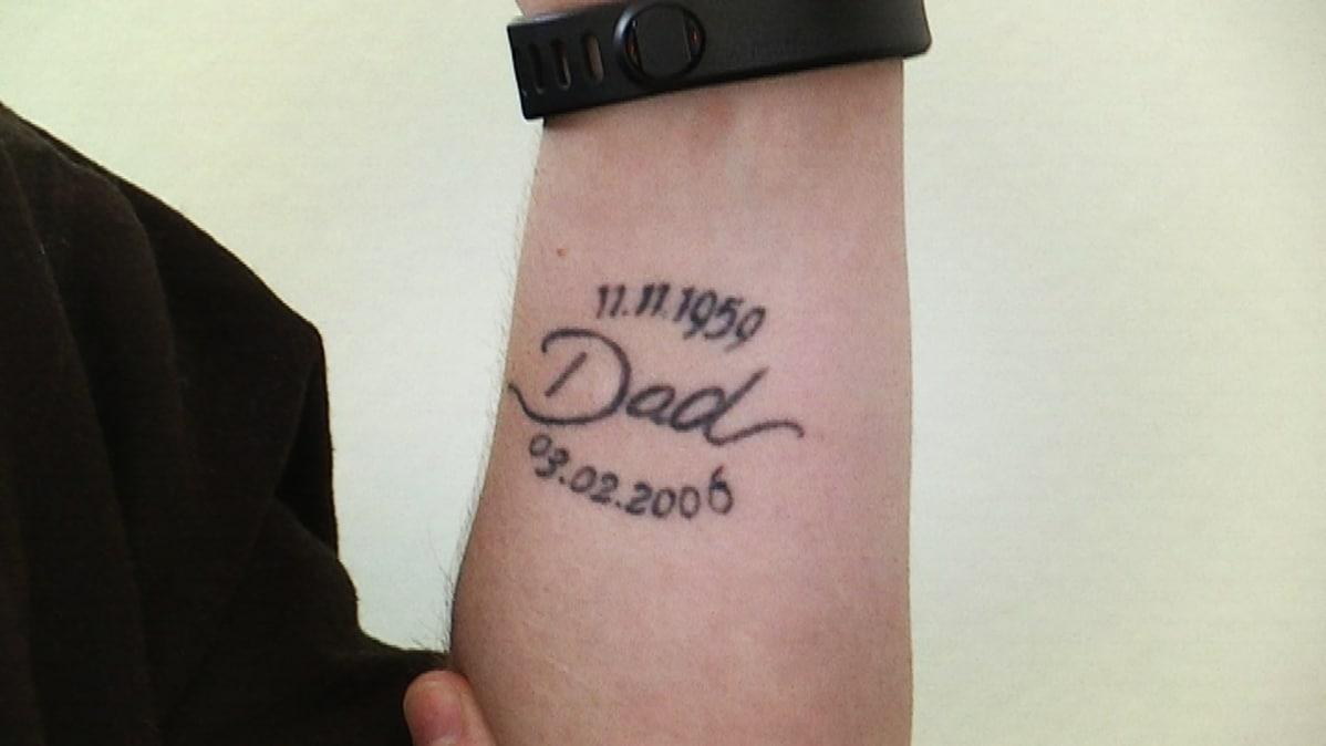 Vilhelmiinan isänsä muistoksi ottama tatuointi
