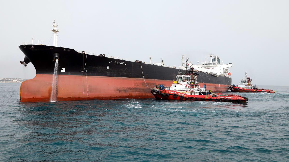 Iranilainen öljytankkeri Persianlahdella.