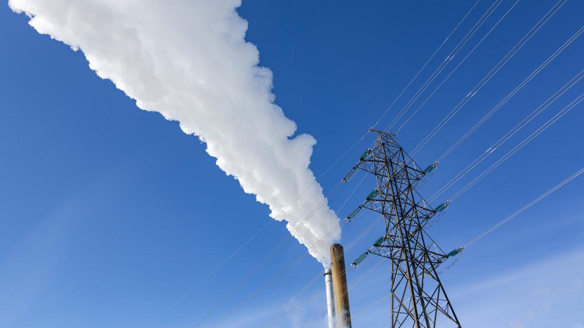 Tammikuun pakkaset sinkauttivat sähkönkulutuksen uuteen ennätykseen
