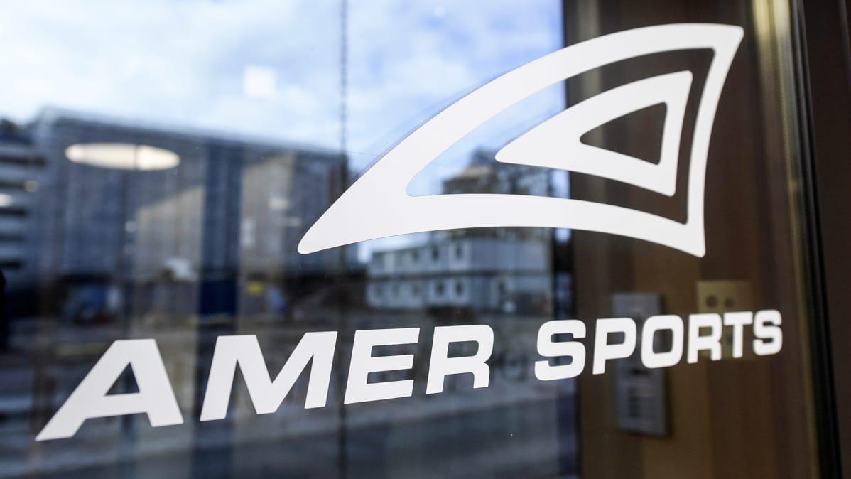 Amer Sportsin lasiovi