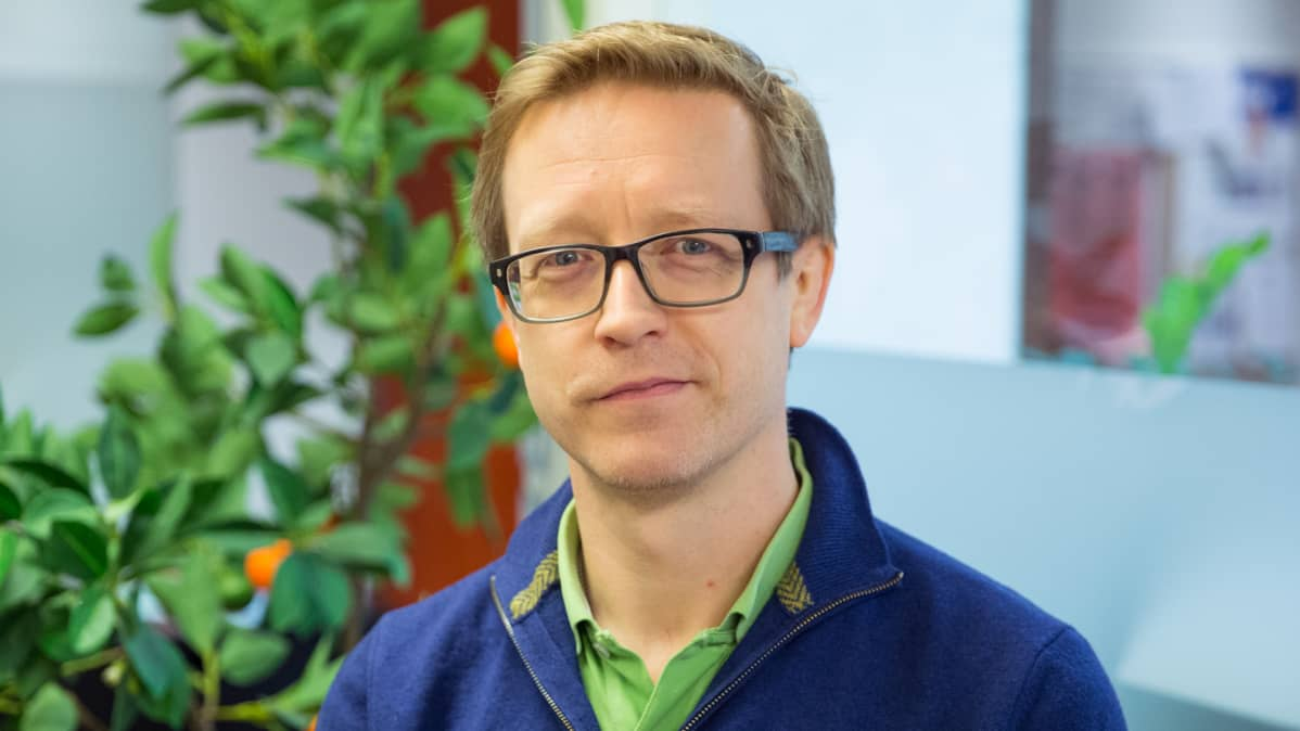 Lääkäri Ville Pöntynen.