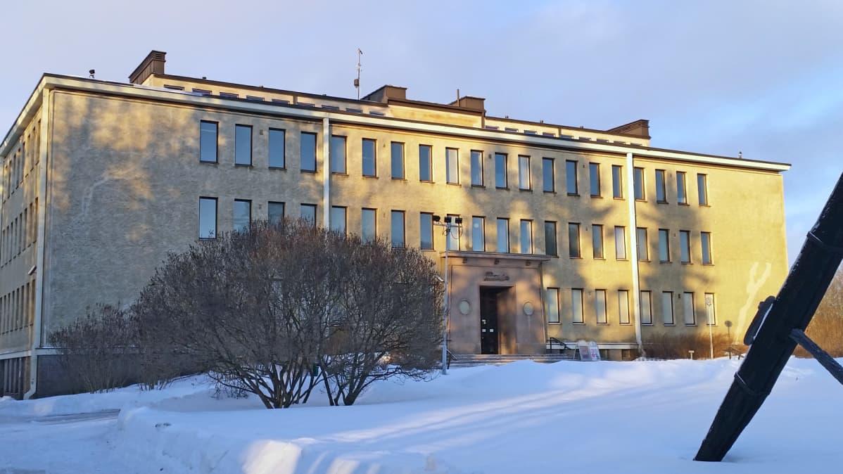 Pohjois-Pohjanmaan maakuntamuseo toimii oulussa Ainolan museorakennuksessa.