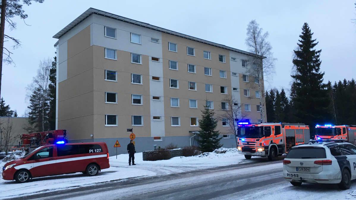 Kerrostalo Virontörmänkadulla Tampereella