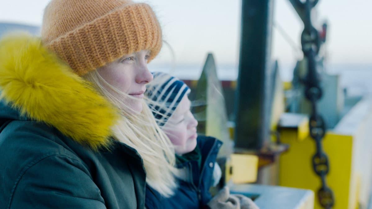 Laura Birn esittää elokuvassa Oulun kaupunginteatterin näyttelijää Veraa.