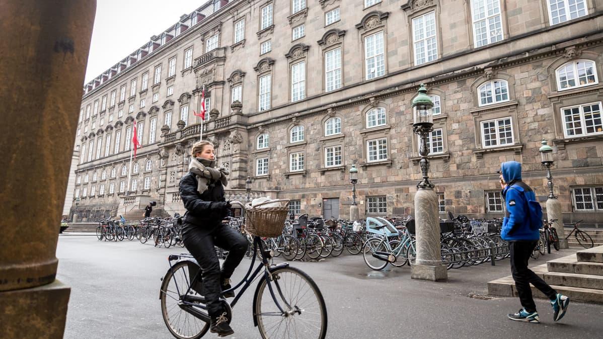 Tanskan parlamentti sijaitsee Christiansborgin palatsissa.