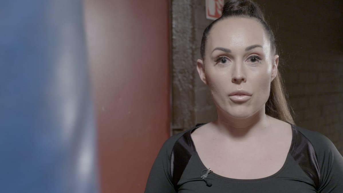Ulla-Maija Koskinen nyrkkeilysalilla