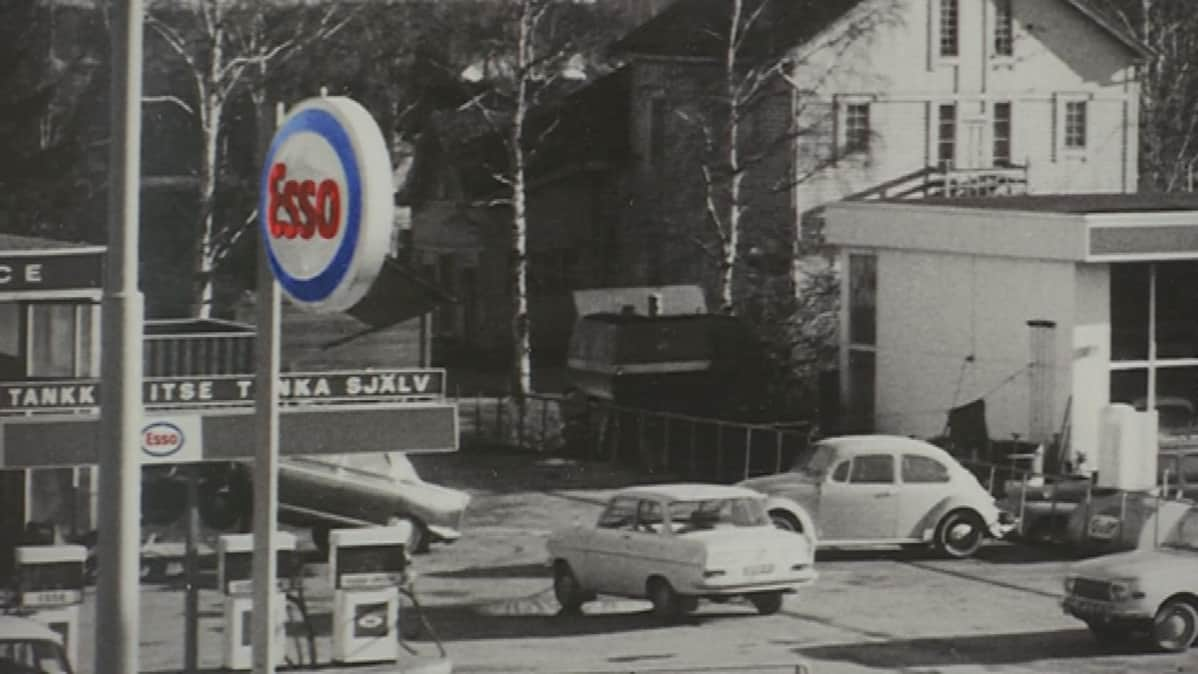Esso Riihimäen keskustassa
