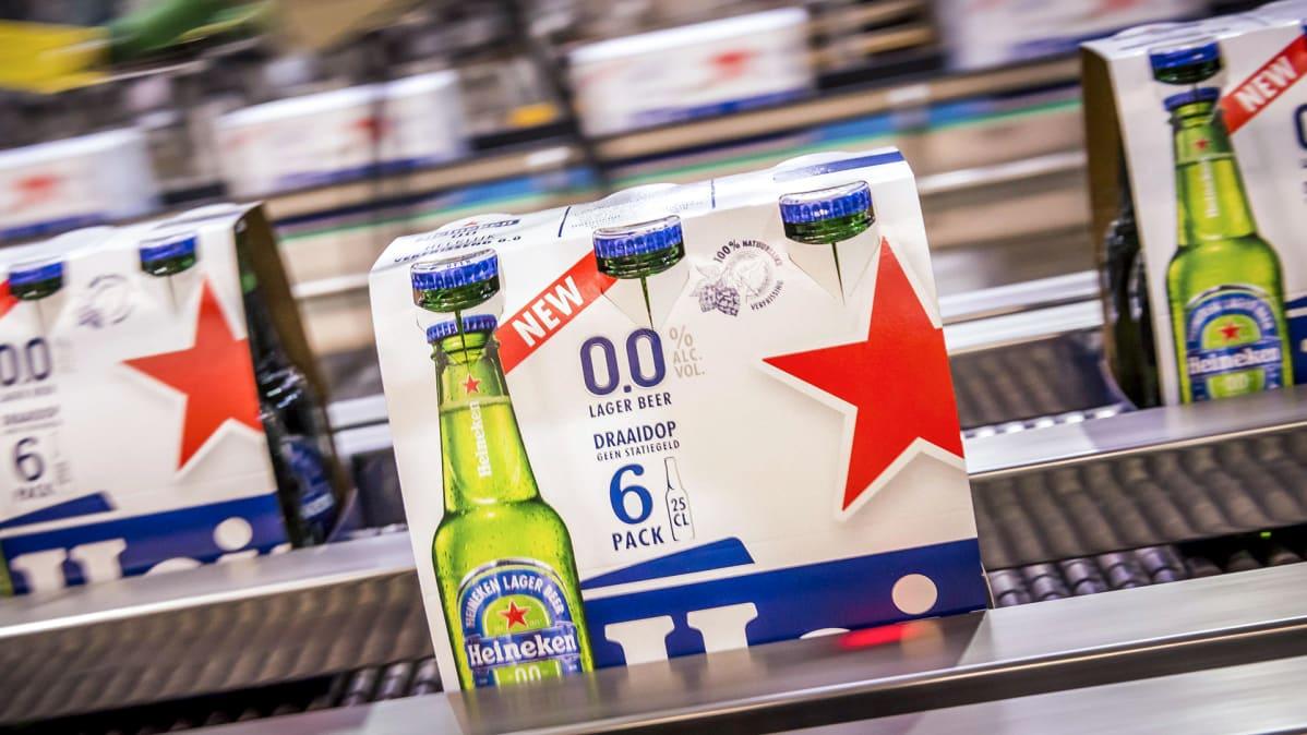 Heineken 0.0 -alkoholitonta olutta.