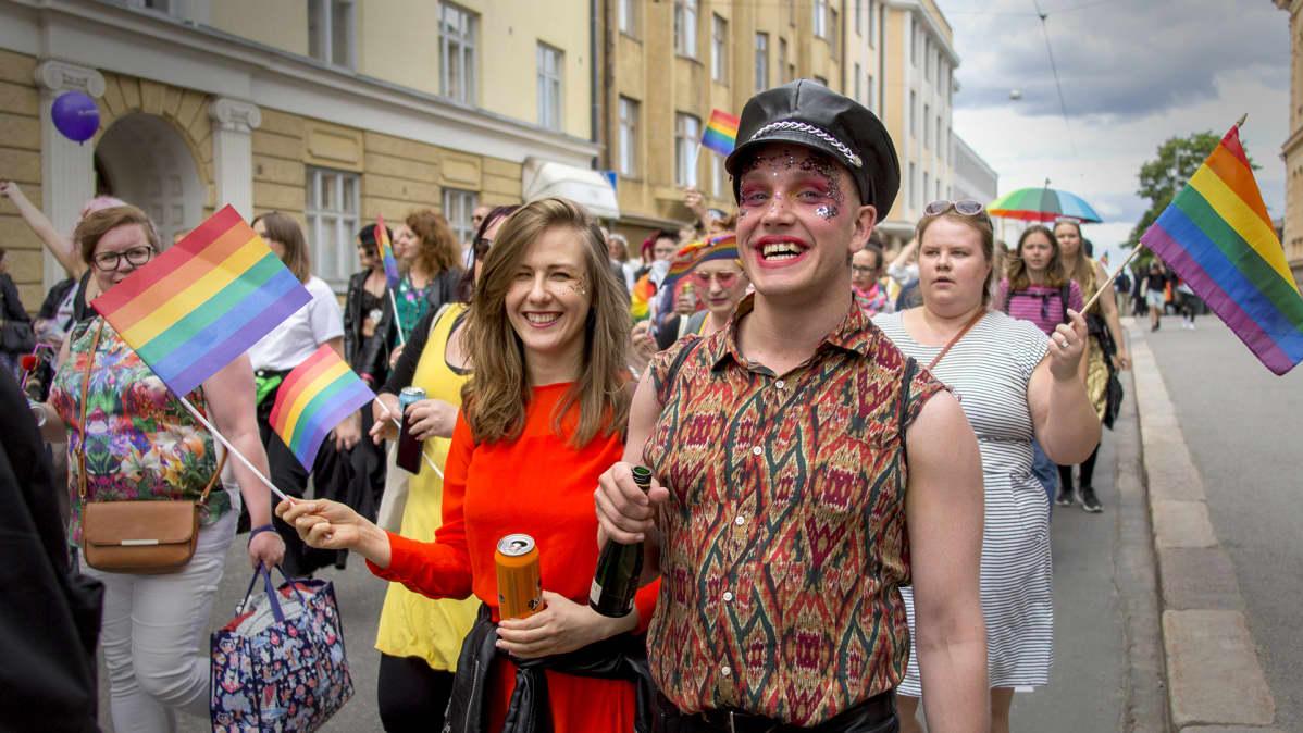 Helsingin Pride-viikko huipentui tänään lauantaina Pride-kulkueeseen.