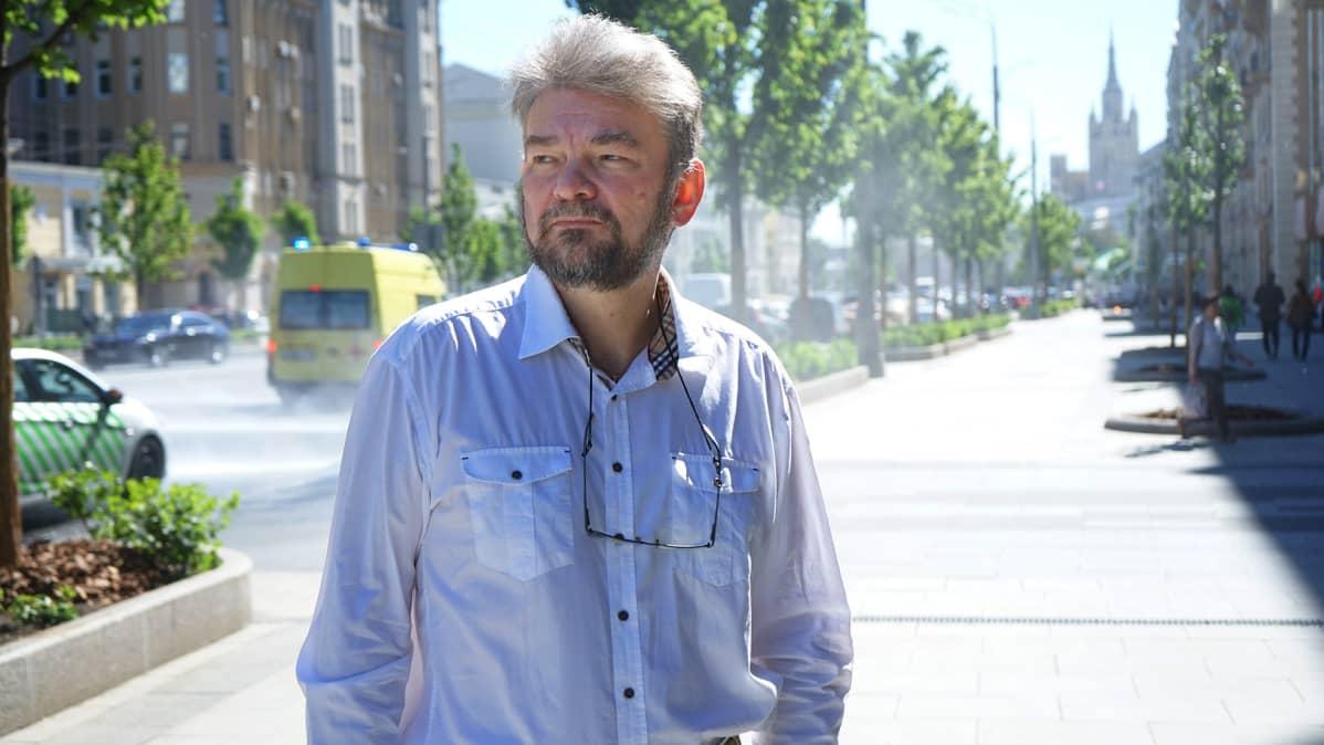 Tietokirjailija Vadim Lukaševitš