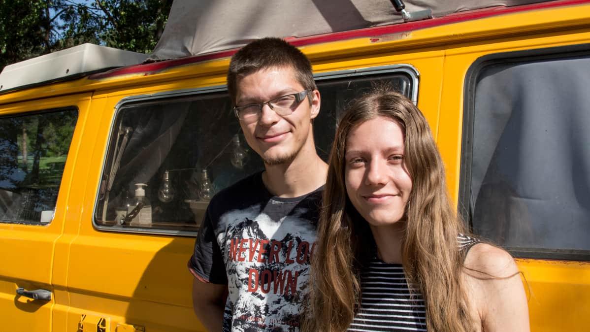 Puolasta Suomeen tulleet matkailijat