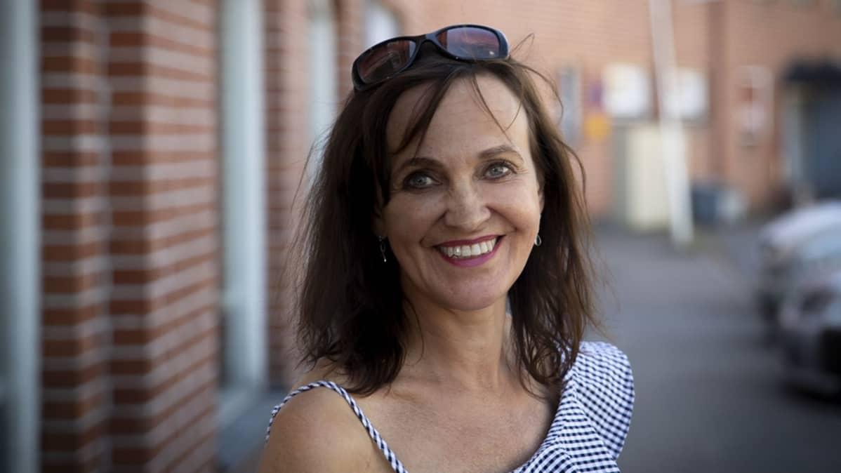 Kulutustutkija, sosiologian professori Terhi-Anna Wilska Jyväskylän yliopistosta.
