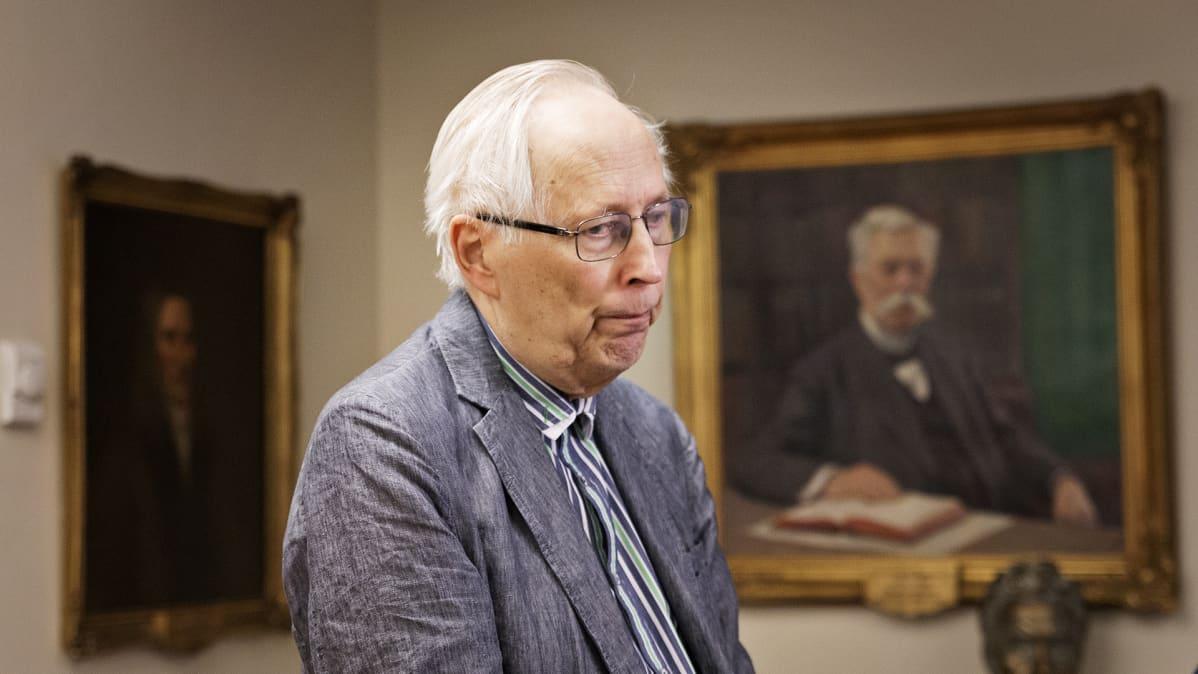 Emeritusprofessori Raimo Lahti.