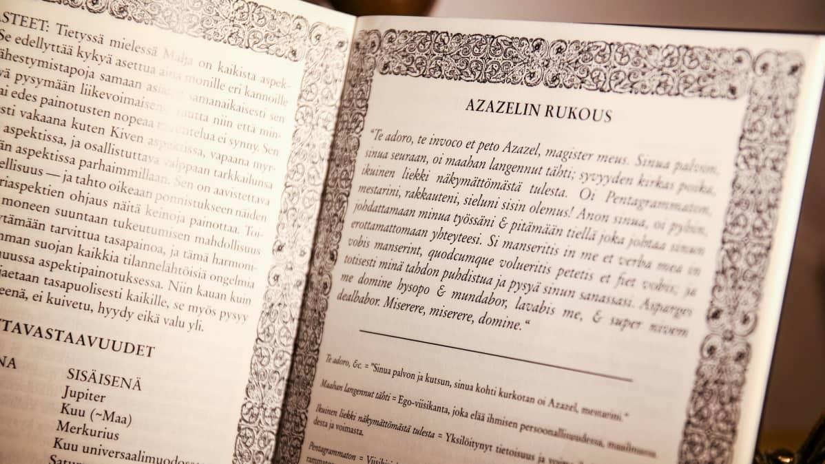 Kuva Azazelin Tähden jäsenkirjasta jossa Azazelin rukous -teksti.