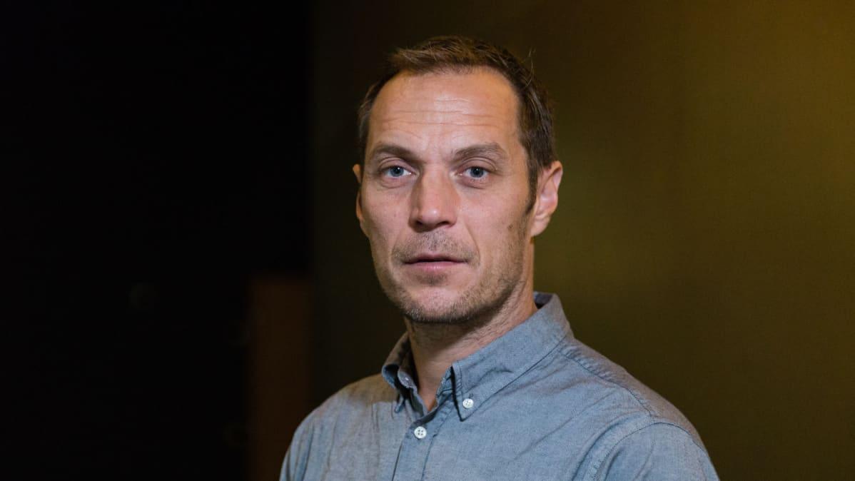 Aleksi Salmenperän mukaan Tyhjiön tekemistä ohjasi kaksi tunnetta: uteliaisuus ja paniikki.