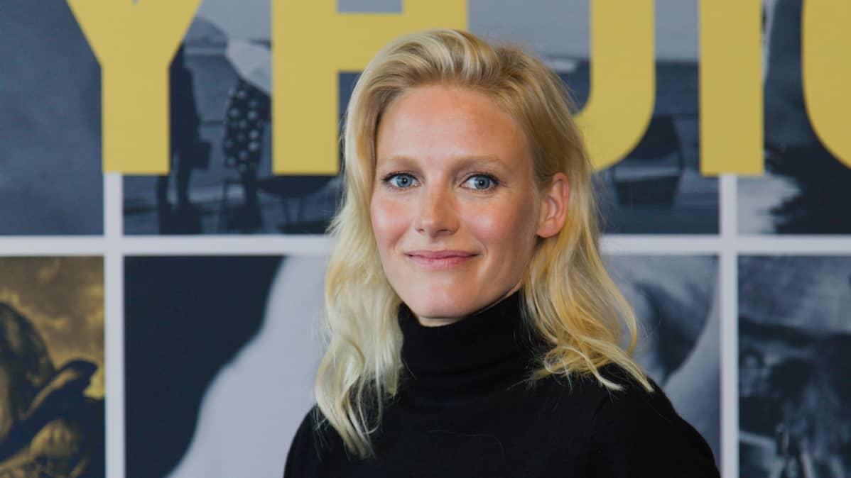 Laura Birn on tehnyt roolihahmonsa lailla kansainvälistä uraa. Rakkautta ja Anarkiaa -festivaali ja sen rinnalla järjestettävä ammattilaistapahtuma Finnish Film Affair palkitsivat tänä vuonna Birnin insipiroivat roolityöt Nordic Flair -palkinnolla.