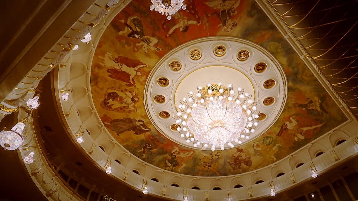 Bolshoi-teatteri kattokruunu