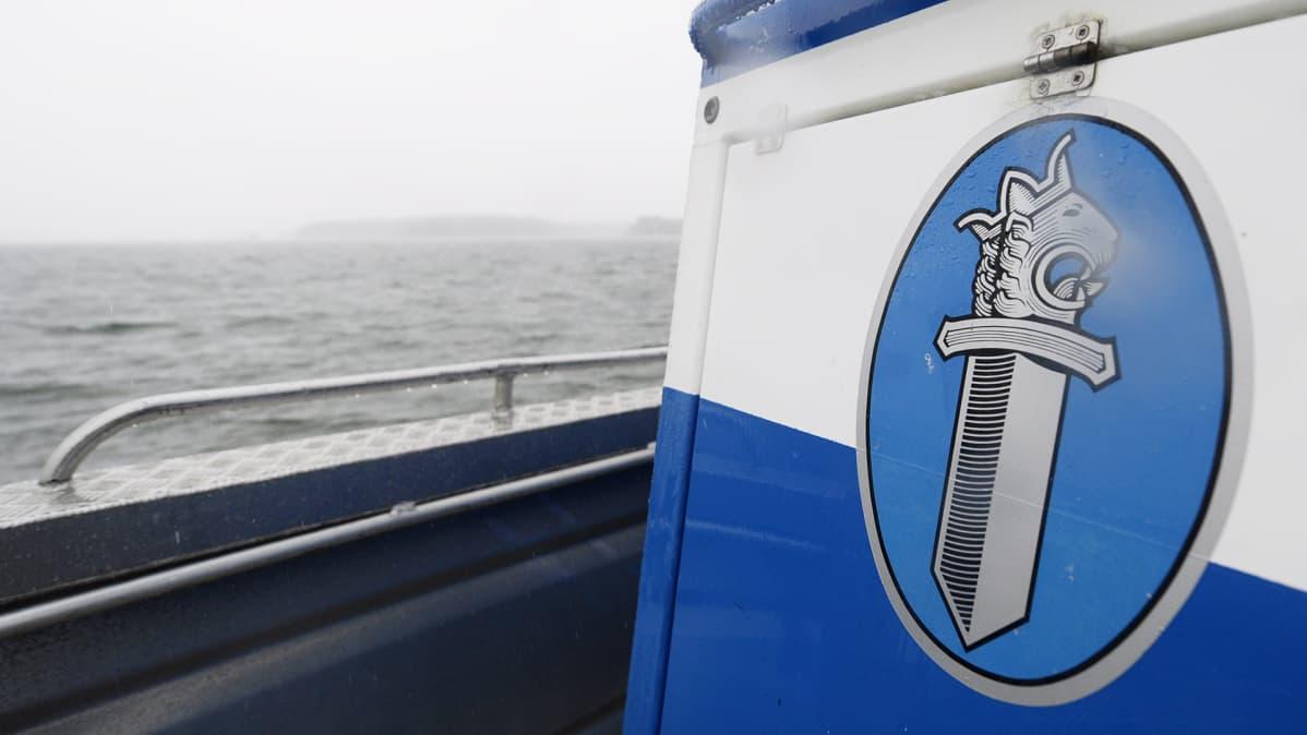 Poliisivene.