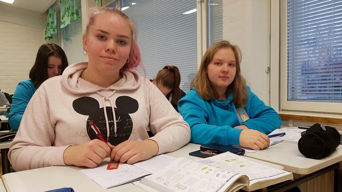 Jemina Kivimaa ja Aava Kaskimaa