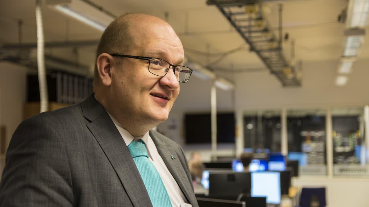 Kajaanin ammattikorkeakoulun rehtori Matti Saren
