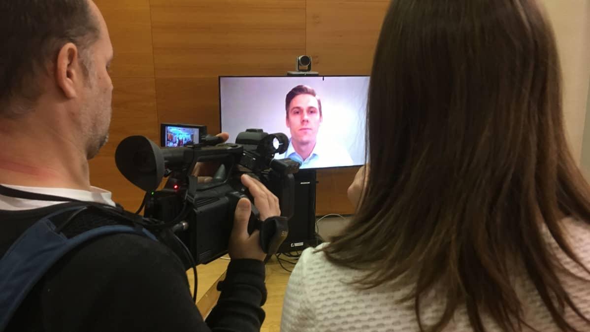 Jori Lehterää kuultiin Pirkanmaan käräjäoikeudessa videon välityksellä.
