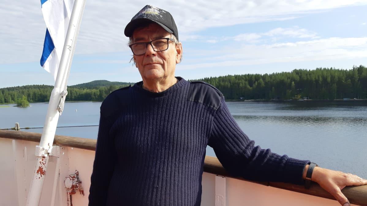 Autolautta Pielisen uusi yrittäjä Ahti Sarasoja.