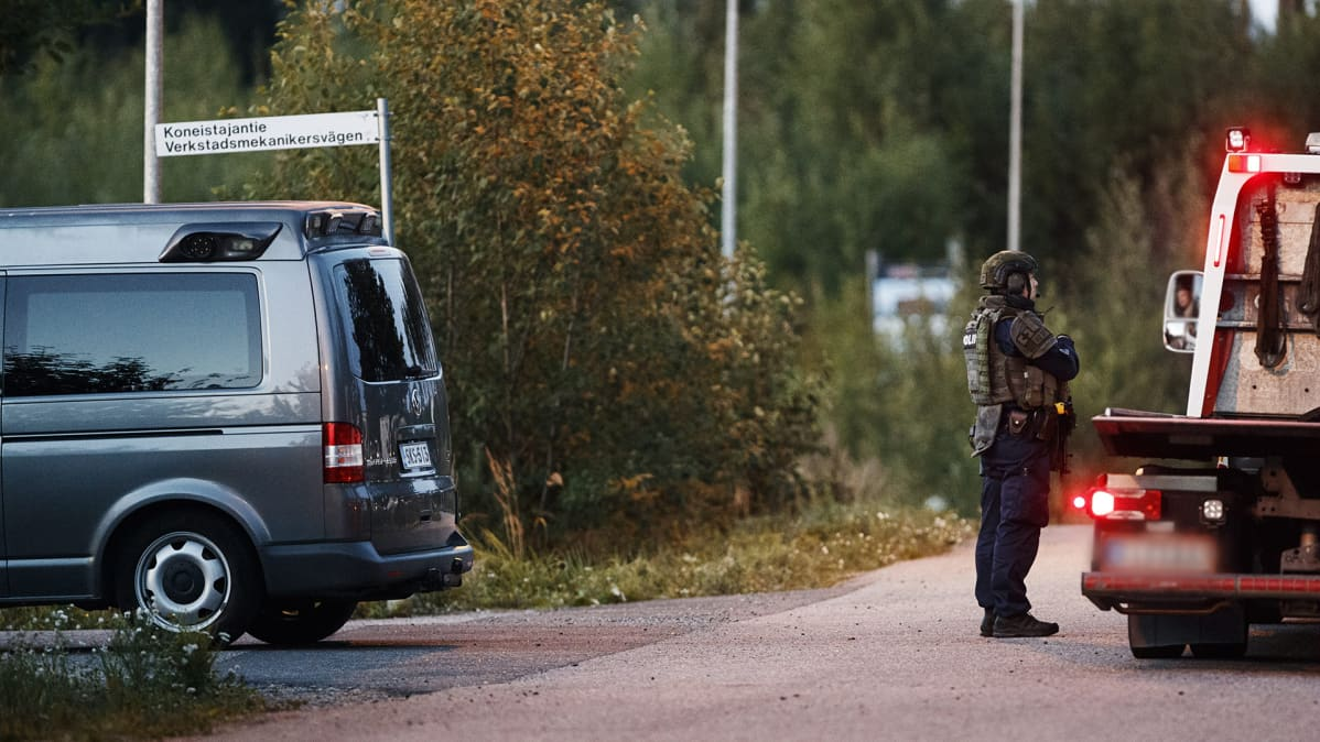 Poliisioperaatio Koneistajantiellä Porvoossa 25. elokuuta.