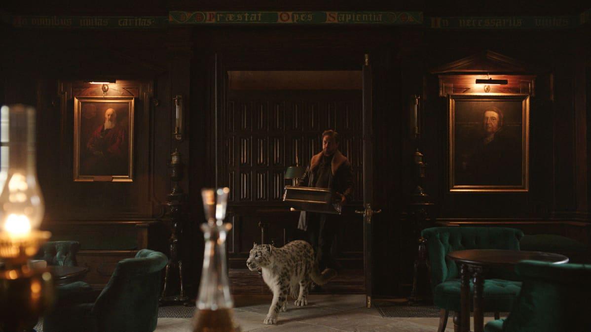 James McAvoy esittää His Dark Materials -sarjassa Lordi Asrielia, Lyran isää.