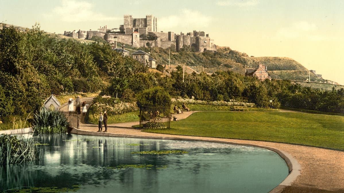 Historiallinen kuva Doverin linnasta 1800-luvun lopulta.