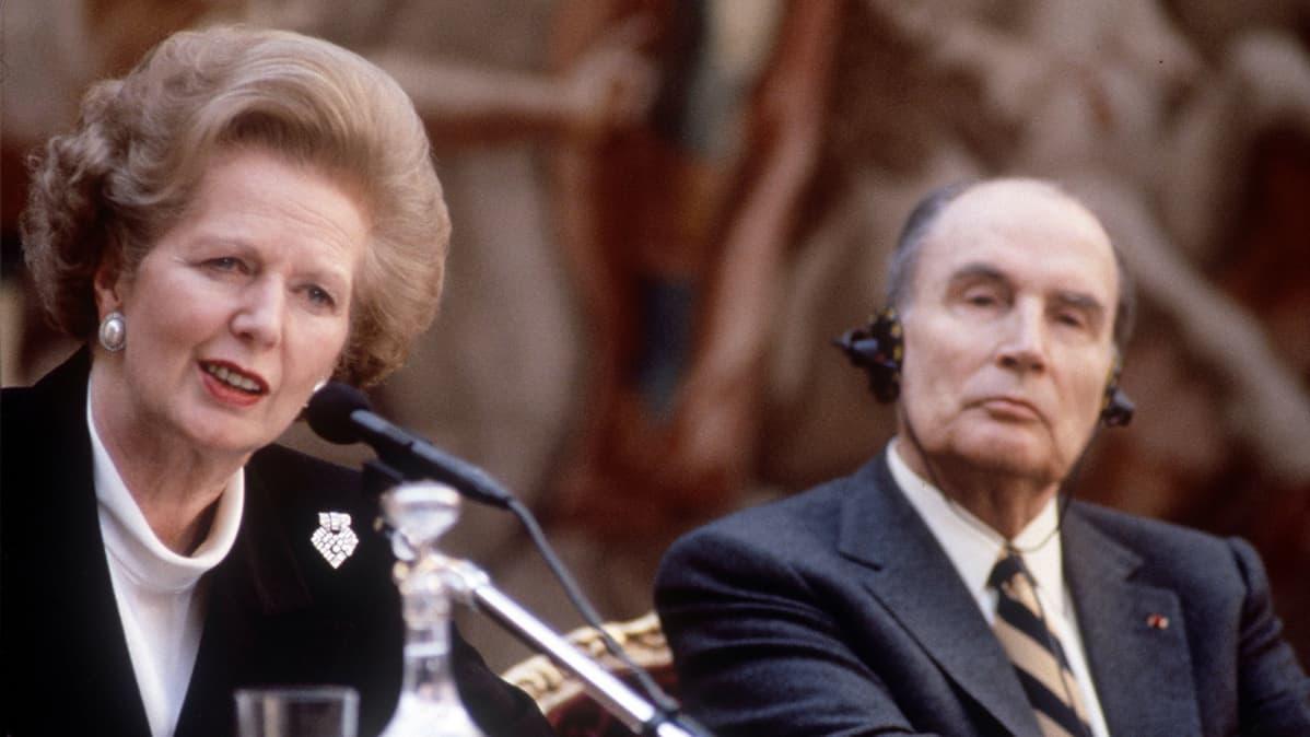 Margaret Thatcher ja Francois Mitterrand Pariisisssa vuonna 1989.
