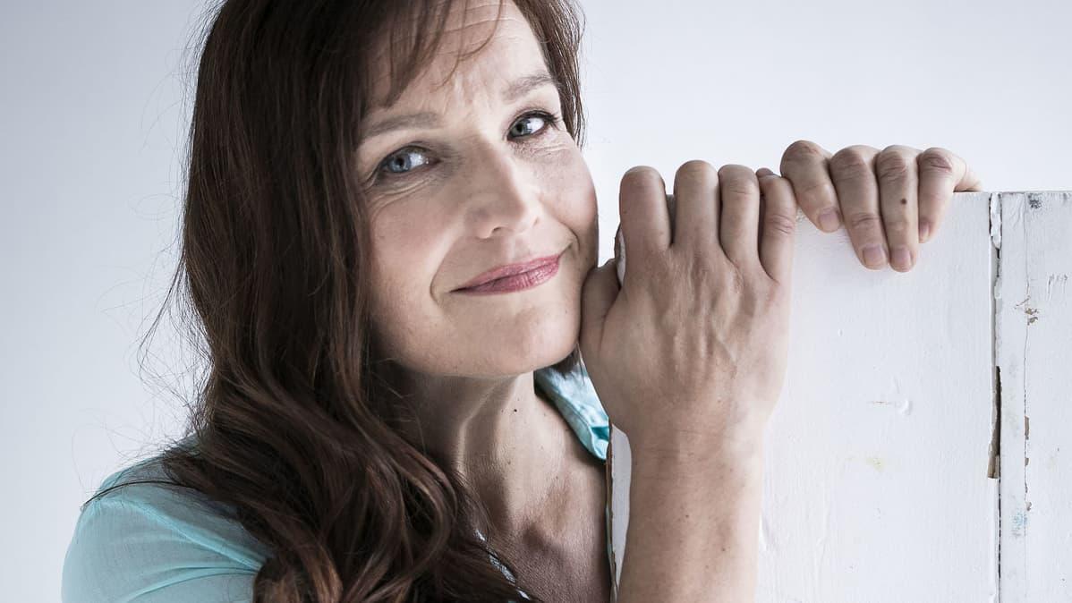 Kirjailija Johanna Vuoksenmaa