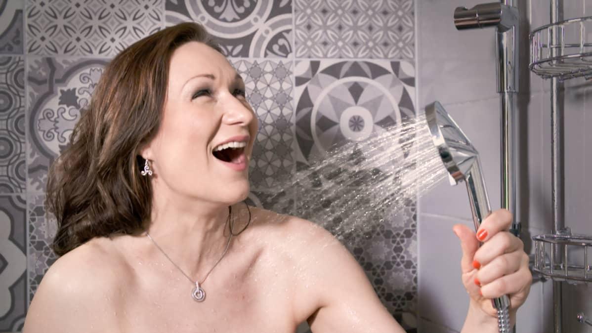 Suihkussa voi turvallisesti kajauttaa lauluja ilmaan