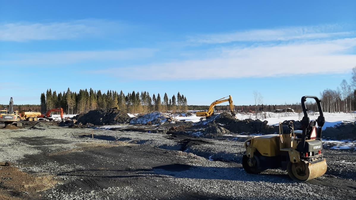 Keminmaassa Rajakankaan yrityspuiston teiden ja vesihuollon rakentaminen on jo käynnissä