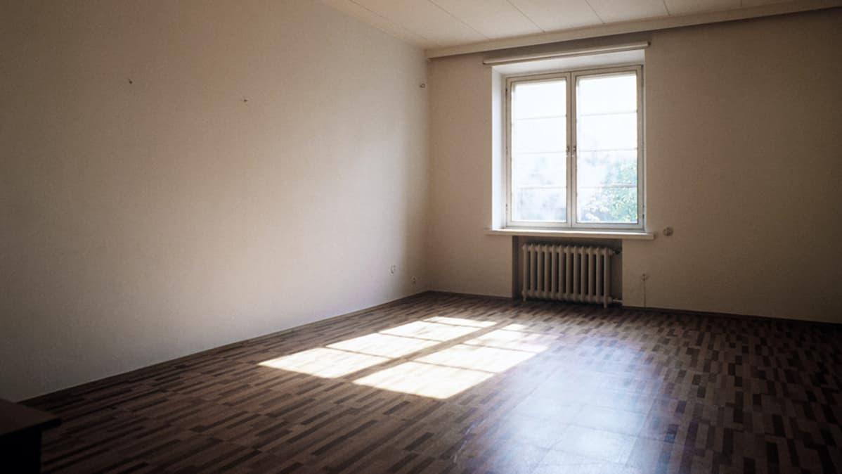 Vuokra-asunto tyhjillään.