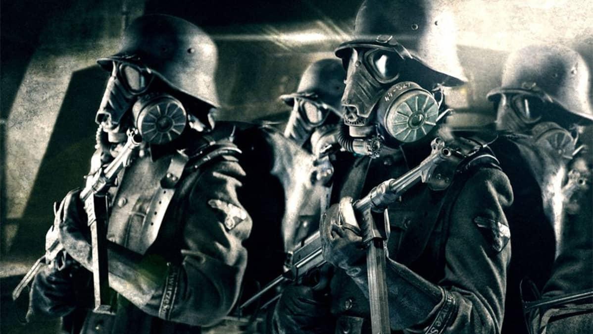 Avaruusnatseja varusteissaan elokuvassa Iron Sky.