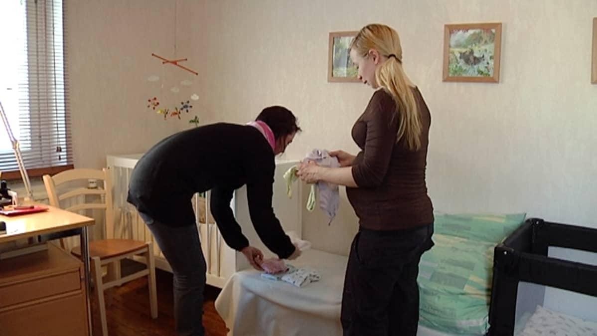 Doulan ja odottavan äidin suhde alkaa jo ennen synnytystä.