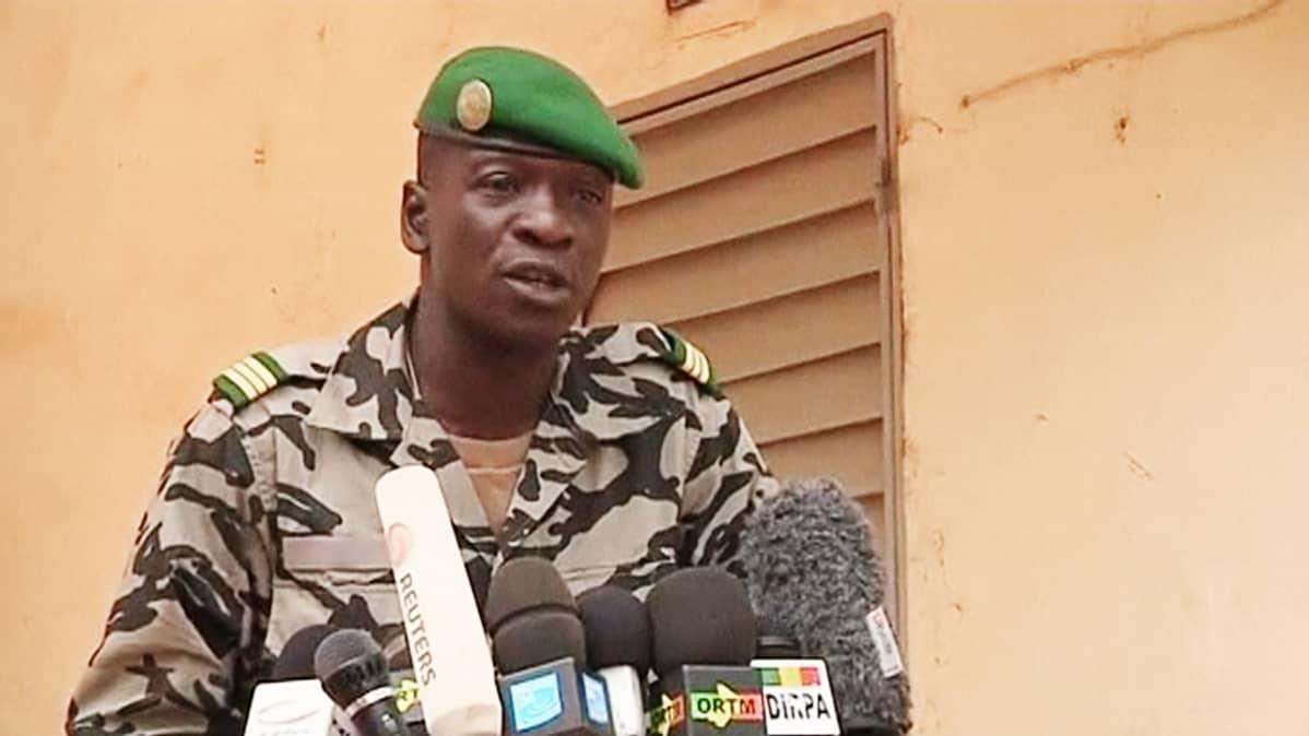 Kapteeni Amadou Sanogo.