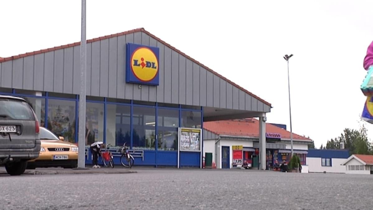 Lidlin myymälä Jyväskylässä.