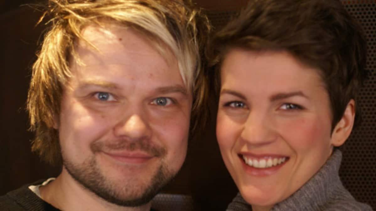 Maria Ylipää ja Hannu Lepola tähdittävät Jesus Christ Superstaria.