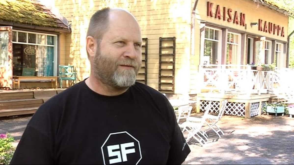 Markku Pölönen Kontiolahden elokuvakylässä.
