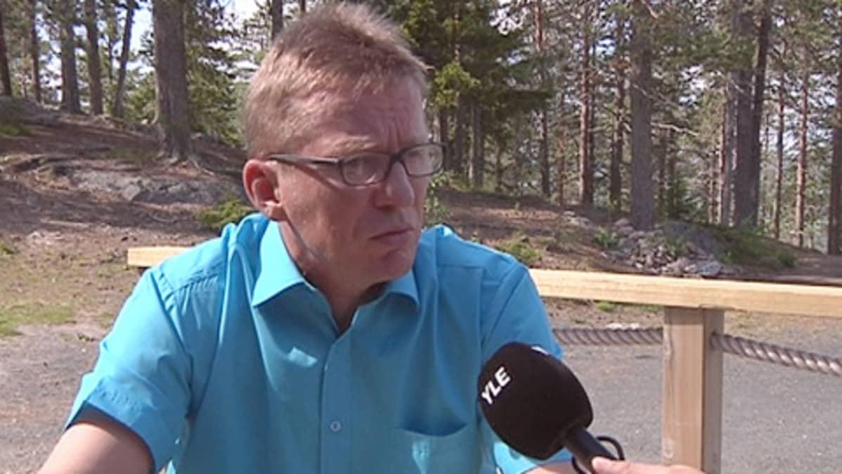 Keskustan Peräpohjolan piirin puheenjohtaja Eero Ylitalo.